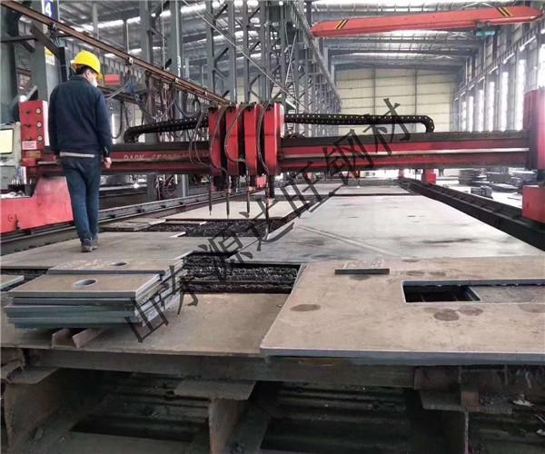乌海nm360耐磨钢板铸件的切割要求是什么?